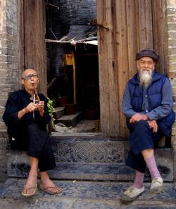 Old men smoking, Guilin