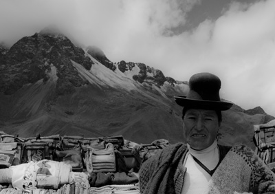 Peruvian mountain woman (2011) Photo (c) Karen Abrahamson