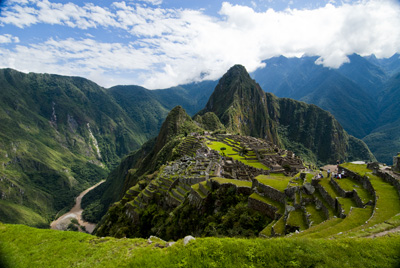 Machu Picchu caught in the coil of the coil of the Urubamba River (2011) Photo (c) Karen Abrahamson
